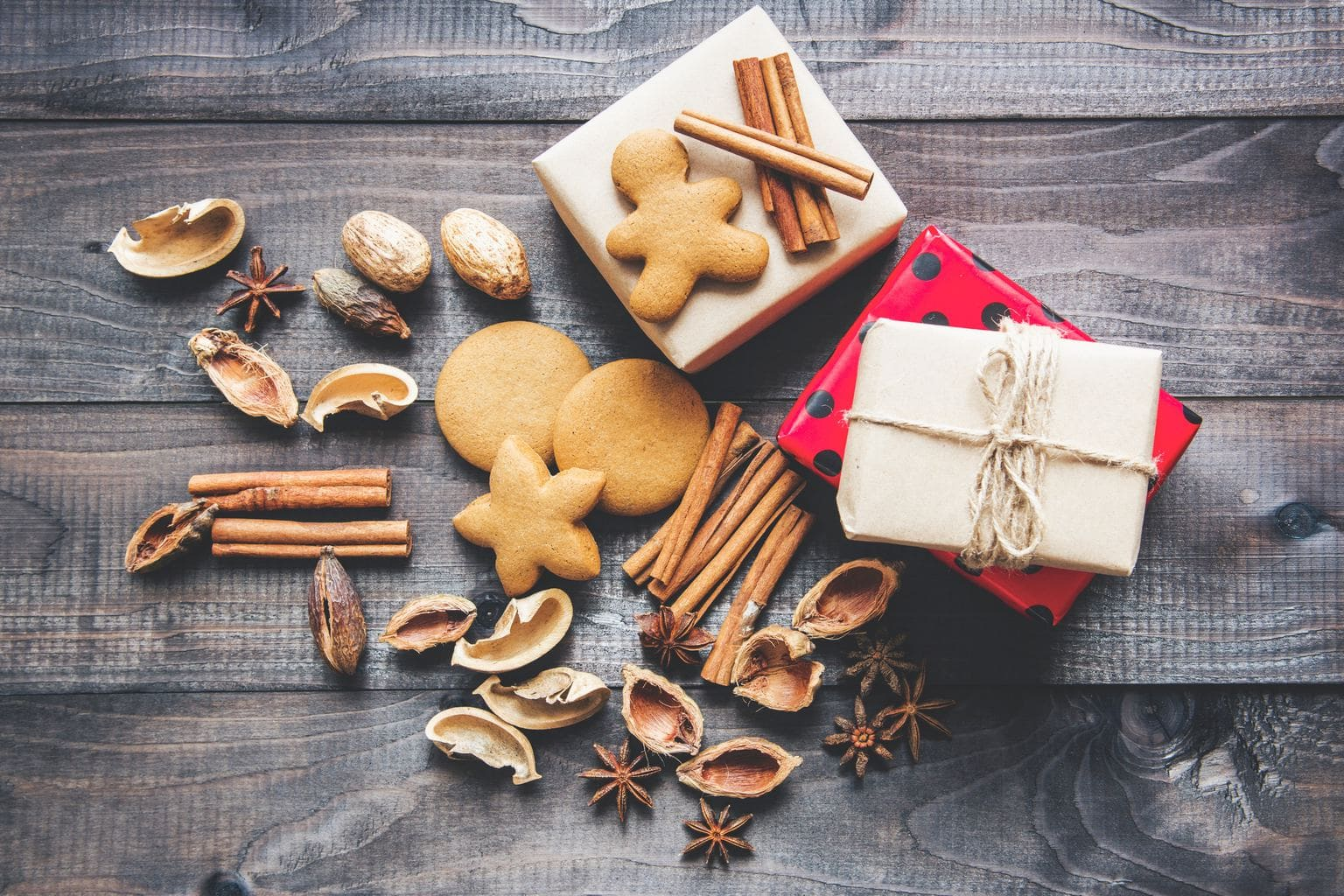 6 ways to save and make money this Christmas